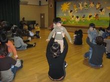 幼稚園にサンタさんが・・・! 【園長】
